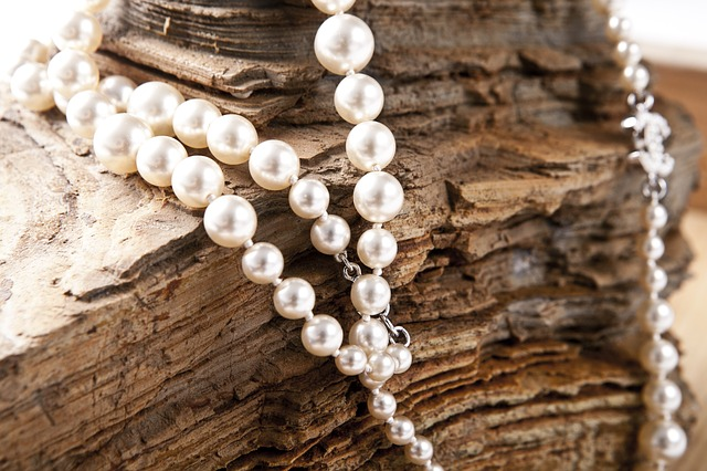 Schmuck Perlen